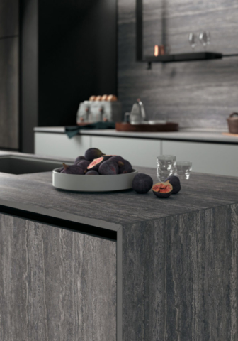 Infinity Cersaie Cucina porcelain countertops Tavertino Grey